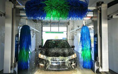 Car Wash and Maintenance: Keep your Windshield Clear and Crack-free